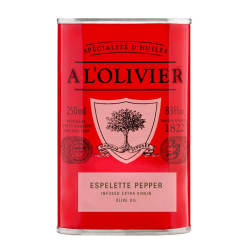 A L'olivier olivenolie med Espelette chili.