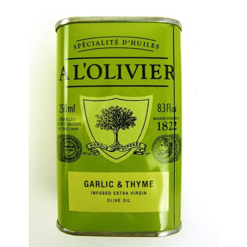 A L'olivier olivenolie med hvidløg og timian.