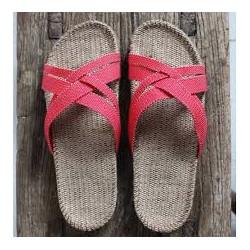 Shangies sandaler. Raspberry red.